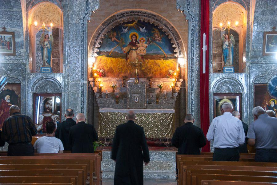 https://www.mesopotamiaheritage.org/wp-content/uploads/2018/02/A1.-Monastère-Notre-Dame-des-Moissons-dAlqosh-Juillet-2017-©-Pascal-Maguesyan-MESOPOTAMIA-900x602.jpg