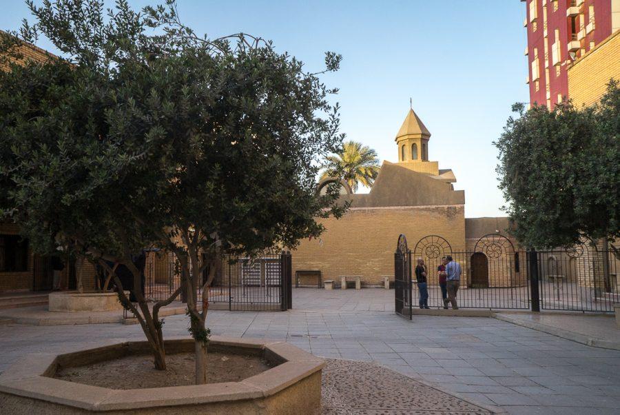 https://www.mesopotamiaheritage.org/wp-content/uploads/2018/09/A1-Eglise-Sourp-Asdwadzadzin-Miskinta-de-Bagdad-14-900x602.jpg
