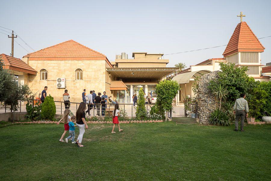 https://www.mesopotamiaheritage.org/wp-content/uploads/2018/11/A1.-Eglise-Mariam-al-adra-de-Kirkouk-900x602.jpg
