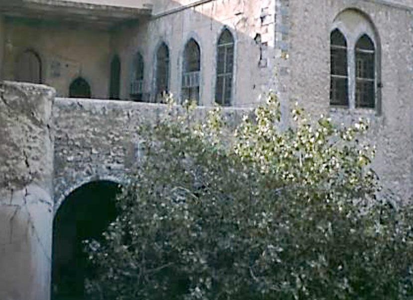 https://www.mesopotamiaheritage.org/wp-content/uploads/2019/03/A1.-Église-Mar-Guorguis-de-Mossoul-en-1975-829x602.jpg