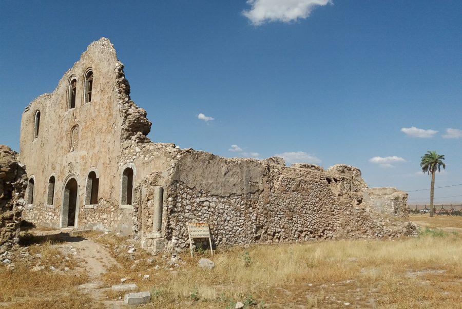 https://www.mesopotamiaheritage.org/wp-content/uploads/2019/03/A1.-Lancienne-cathédrale-Om-al-Ahzane-de-Kirkouk-Copie-900x602.jpg